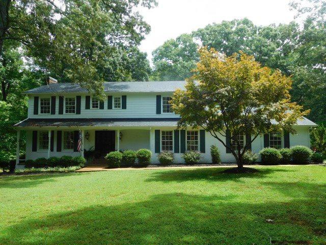 306 Dogwood St, Adamsville, TN 38310 (#9983494) :: The Wallace Team - RE/MAX On Point