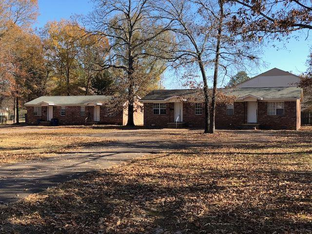 126/130 Ryan St, Savannah, TN 38372 (#10016277) :: Berkshire Hathaway HomeServices Taliesyn Realty