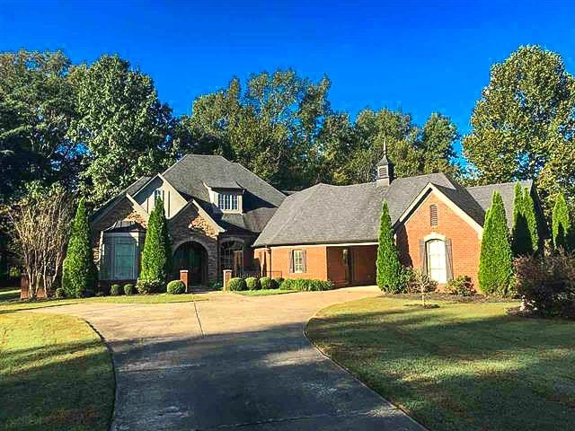 325 Woodsedge Dr, Unincorporated, TN 38028 (#10040551) :: JASCO Realtors®
