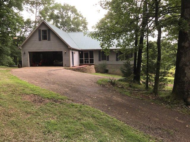 1335 Burnett Mills Rd, Bolivar, TN 38008 (#10048396) :: All Stars Realty