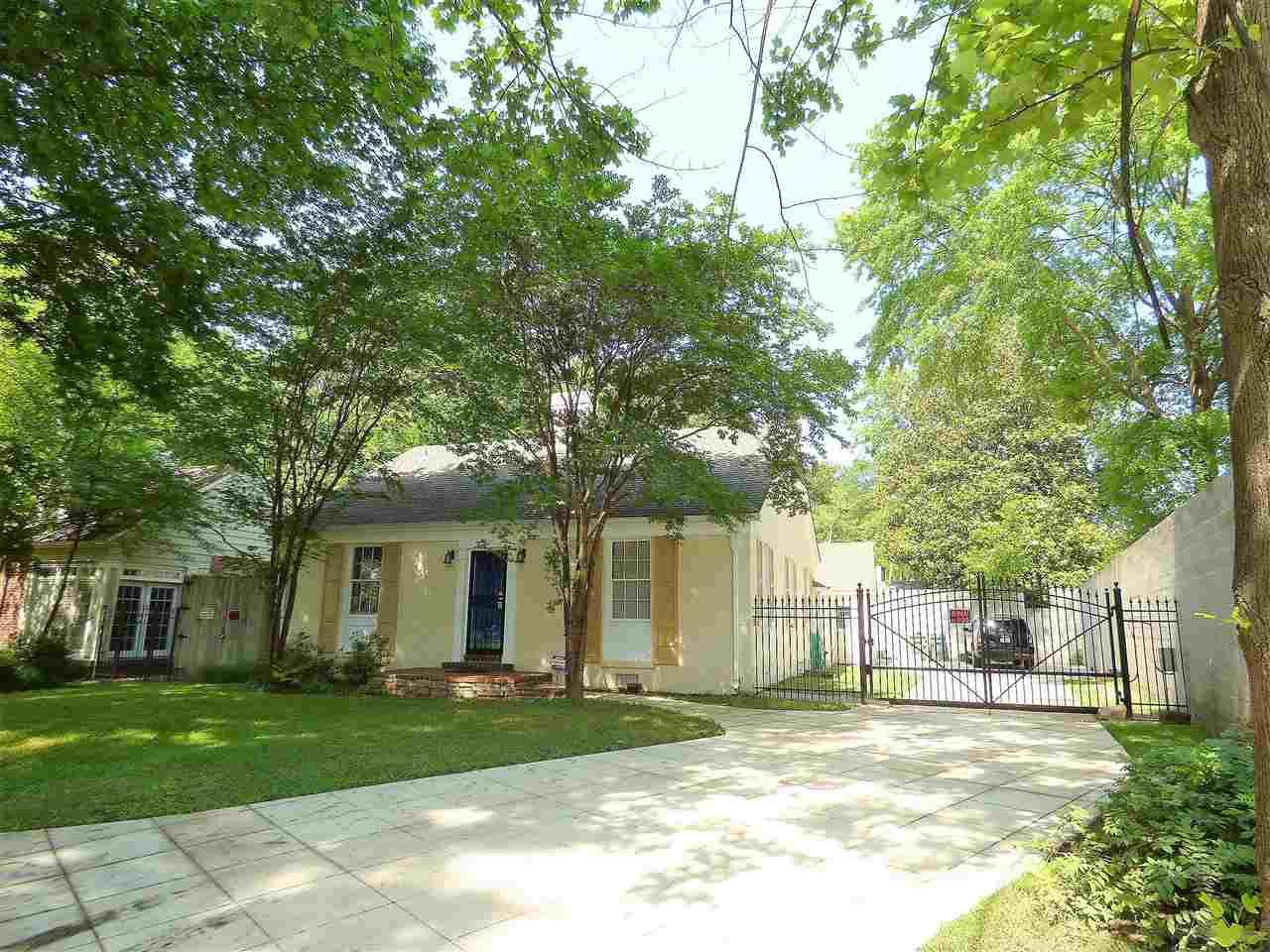 817 Cypress Dr - Photo 1