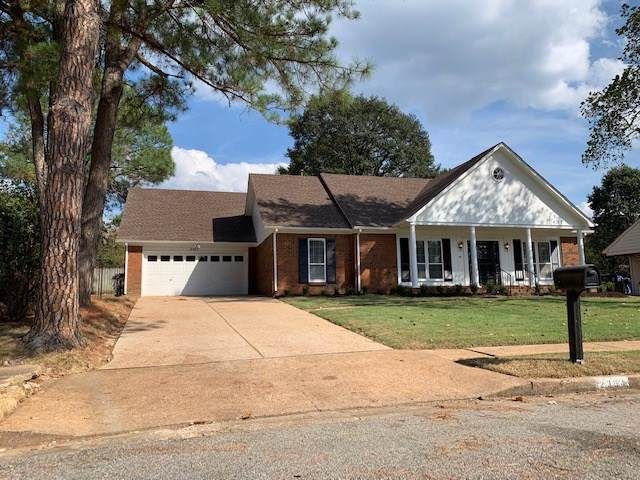 2354 Cardigan Dr, Memphis, TN 38119 (#10063010) :: Bryan Realty Group