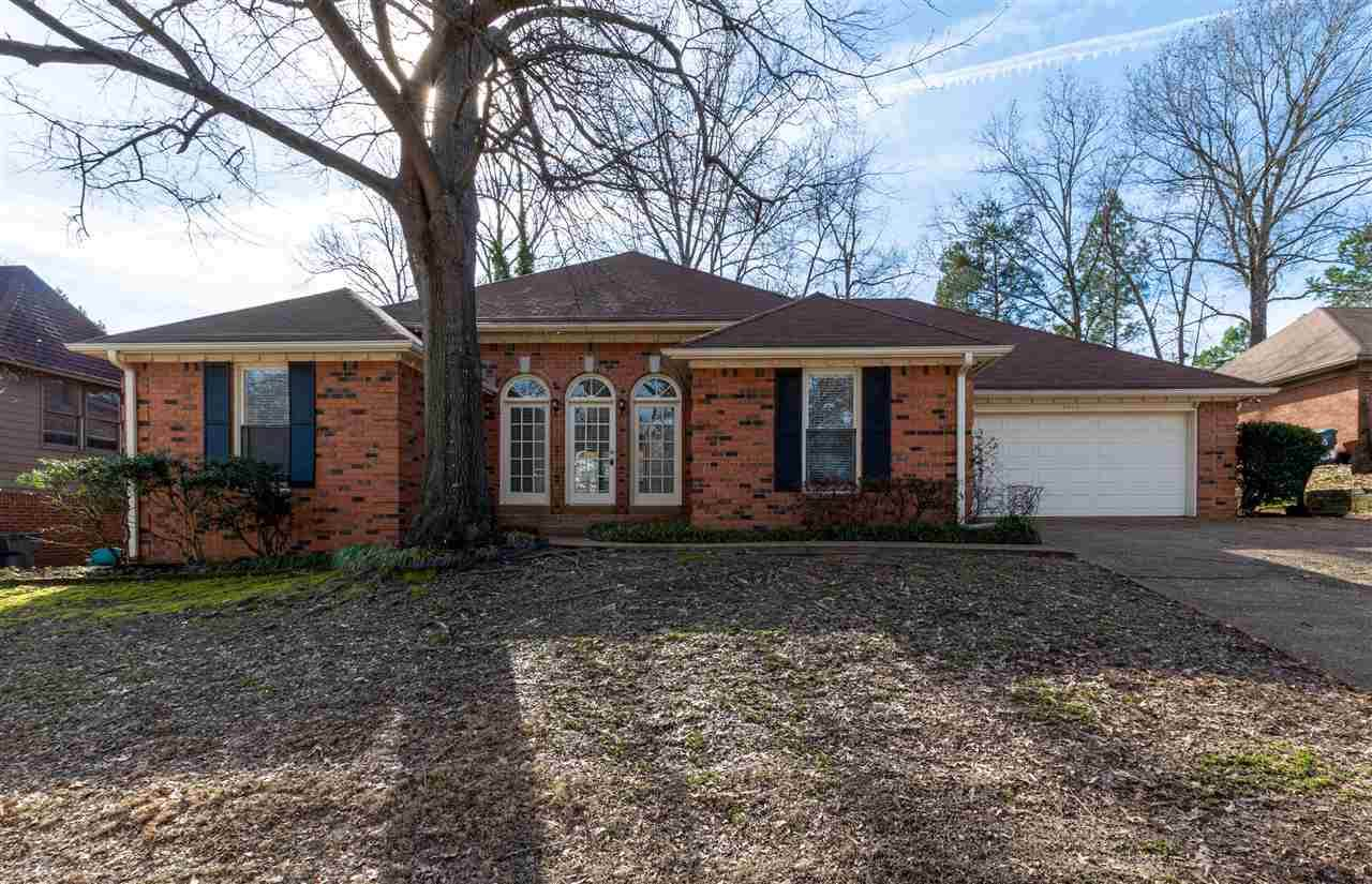8923 Hickory Trail Dr - Photo 1