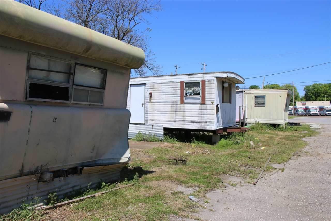 3023 Lamar Ave - Photo 1