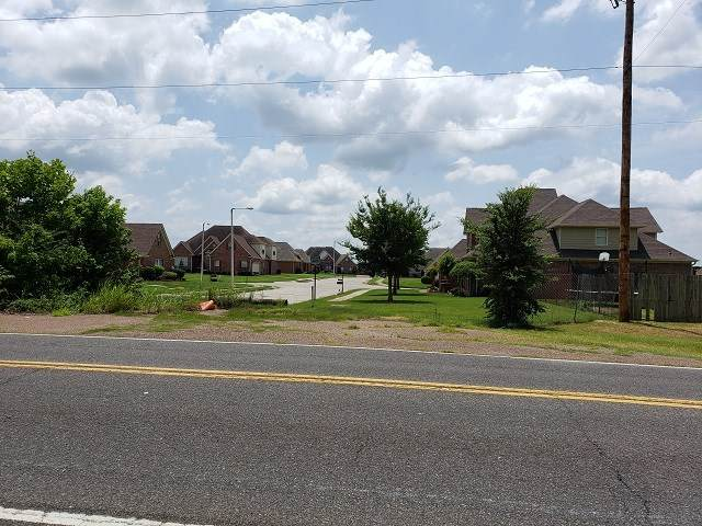 760 W Holmes Rd W, Memphis, TN 38109 (#10079960) :: J Hunter Realty