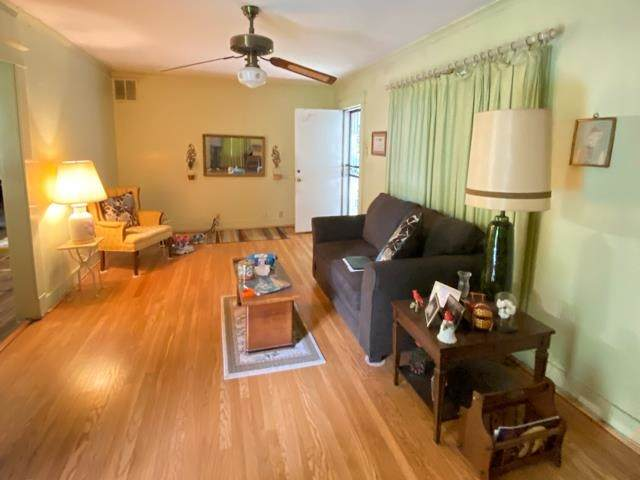 364 Lundee Pl - Photo 1