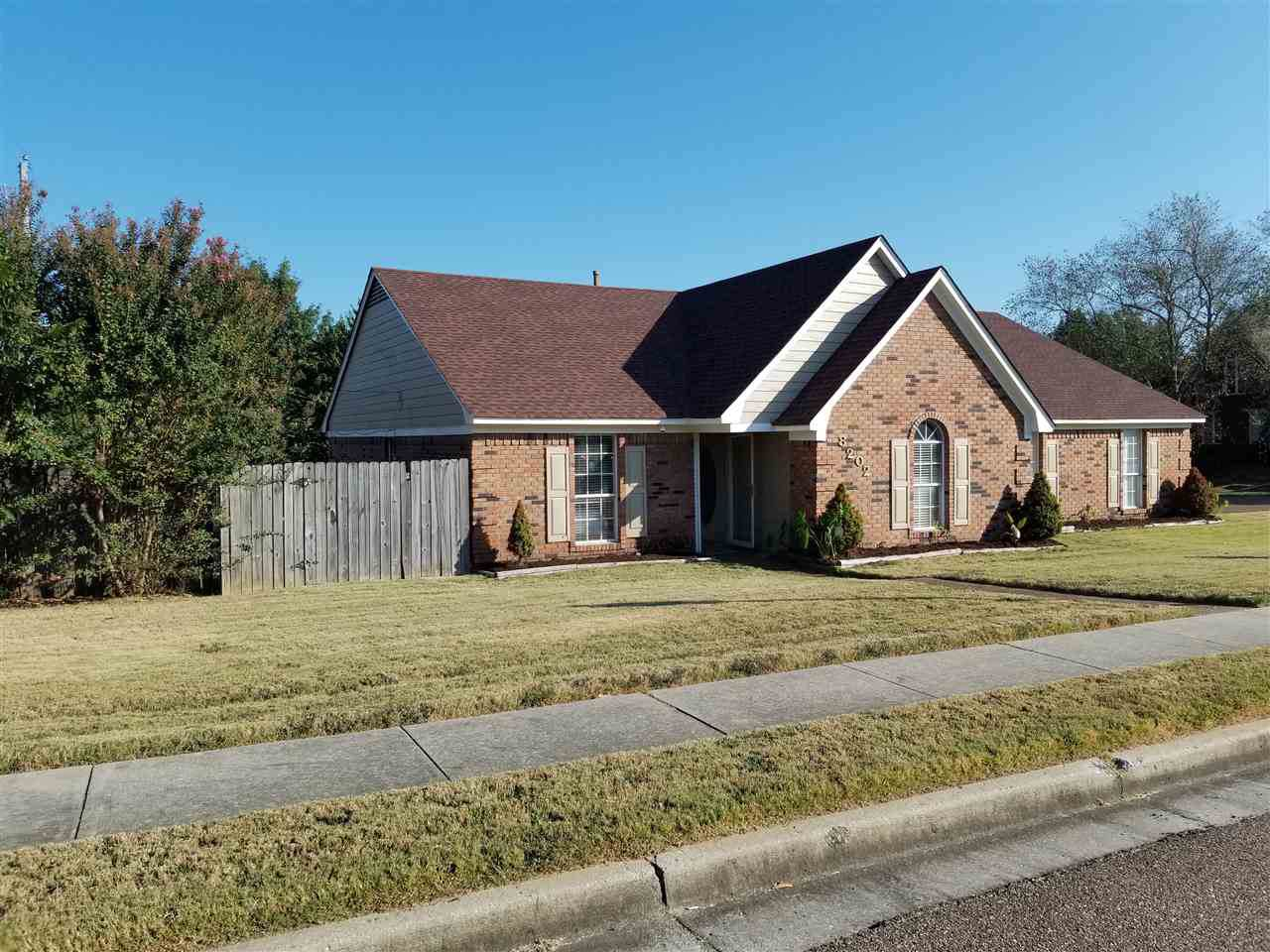 8202 Red Creek Dr - Photo 1