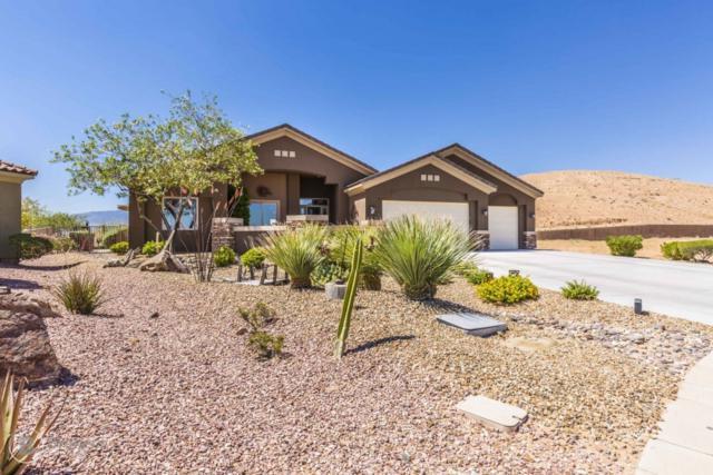 922 Overlook Ln, Mesquite, NV 89027 (MLS #1119181) :: RE/MAX Ridge Realty
