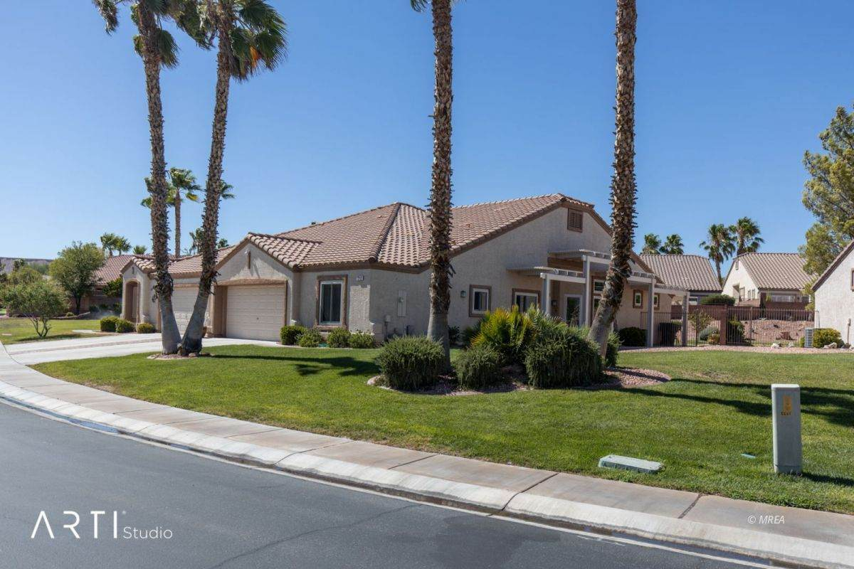 1369 Cathedral Canyon Dr - Photo 1