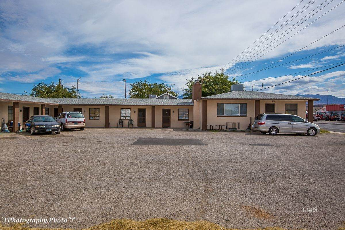 233 Mesquite Blvd - Photo 1