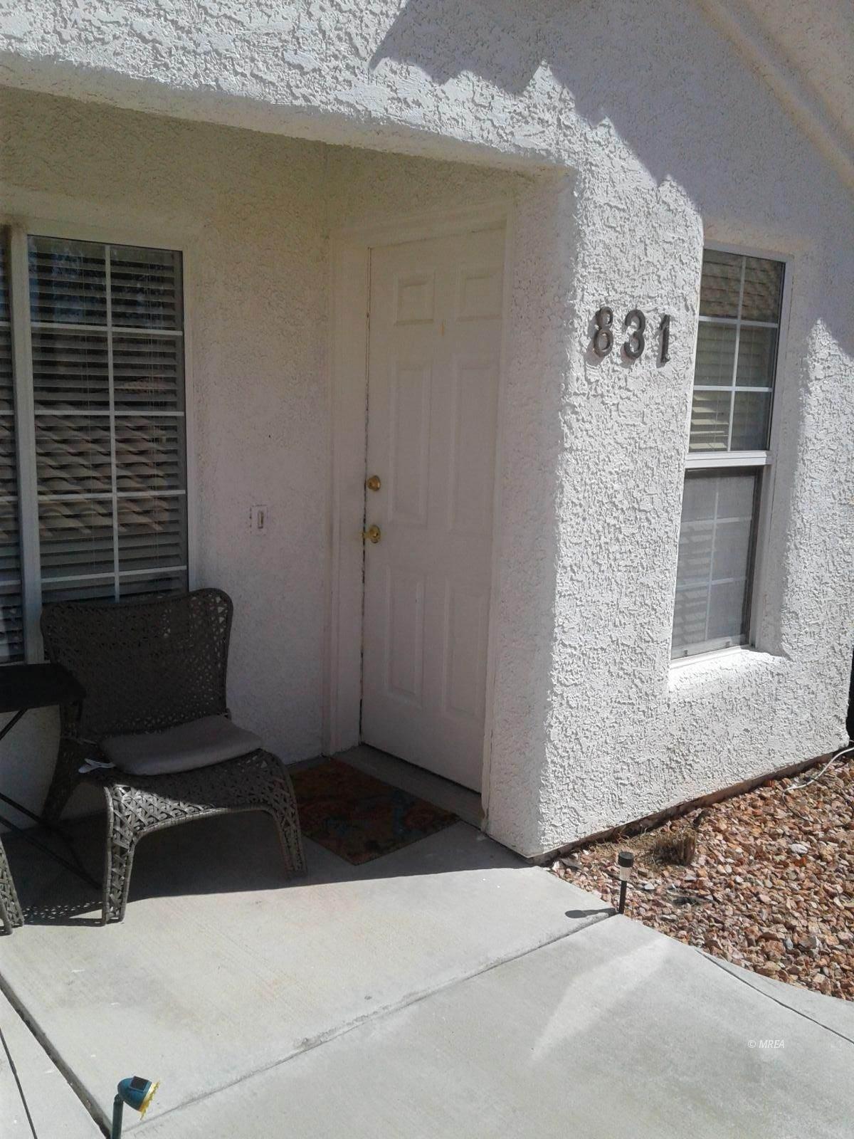 831 Mesa Blvd - Photo 1