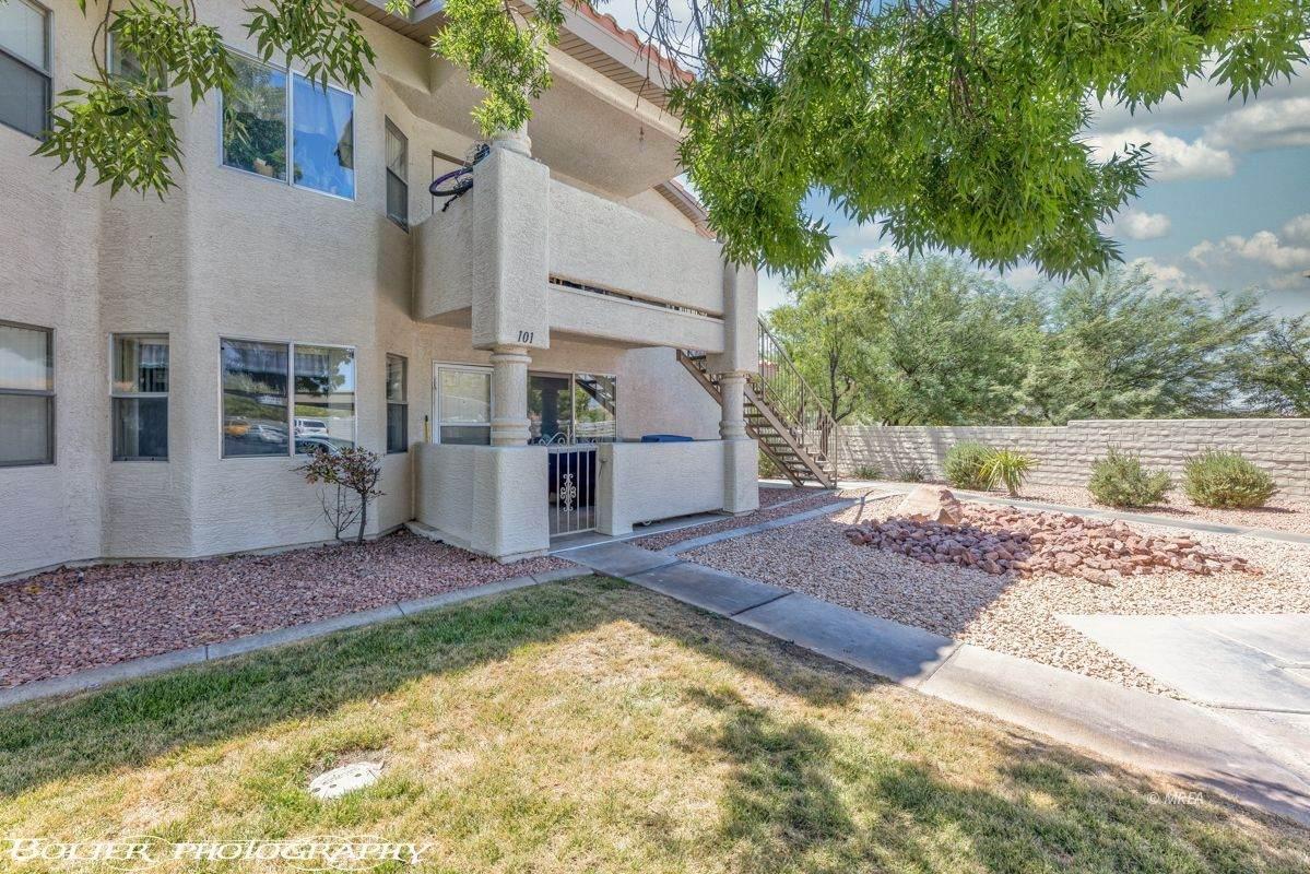 411 Mesa Blvd - Photo 1
