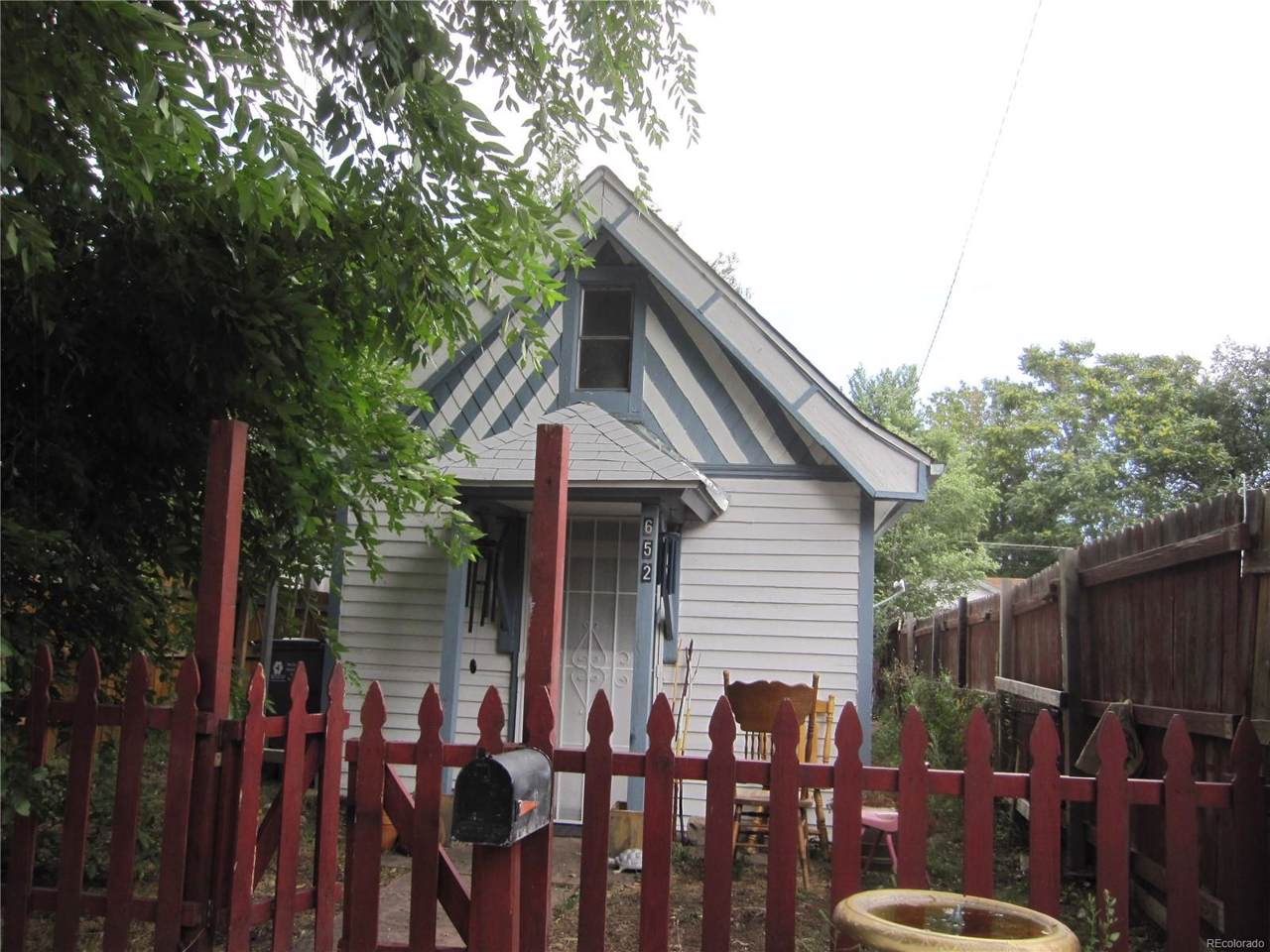 652 Meade Street - Photo 1