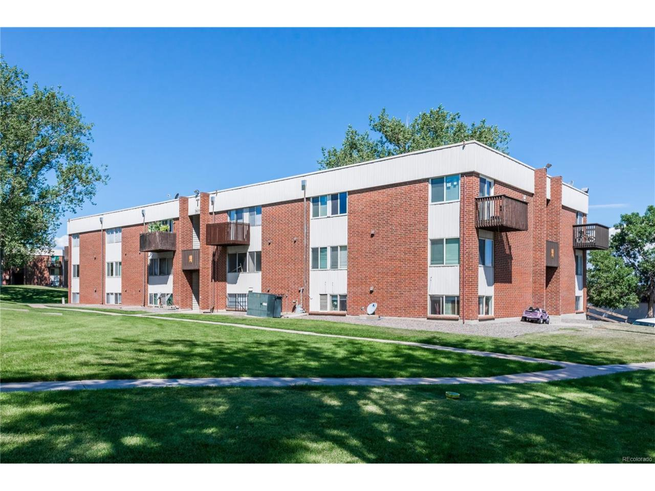 3623 S Sheridan Boulevard #8, Lakewood, CO 80235 (MLS #1610305) :: 8z Real Estate
