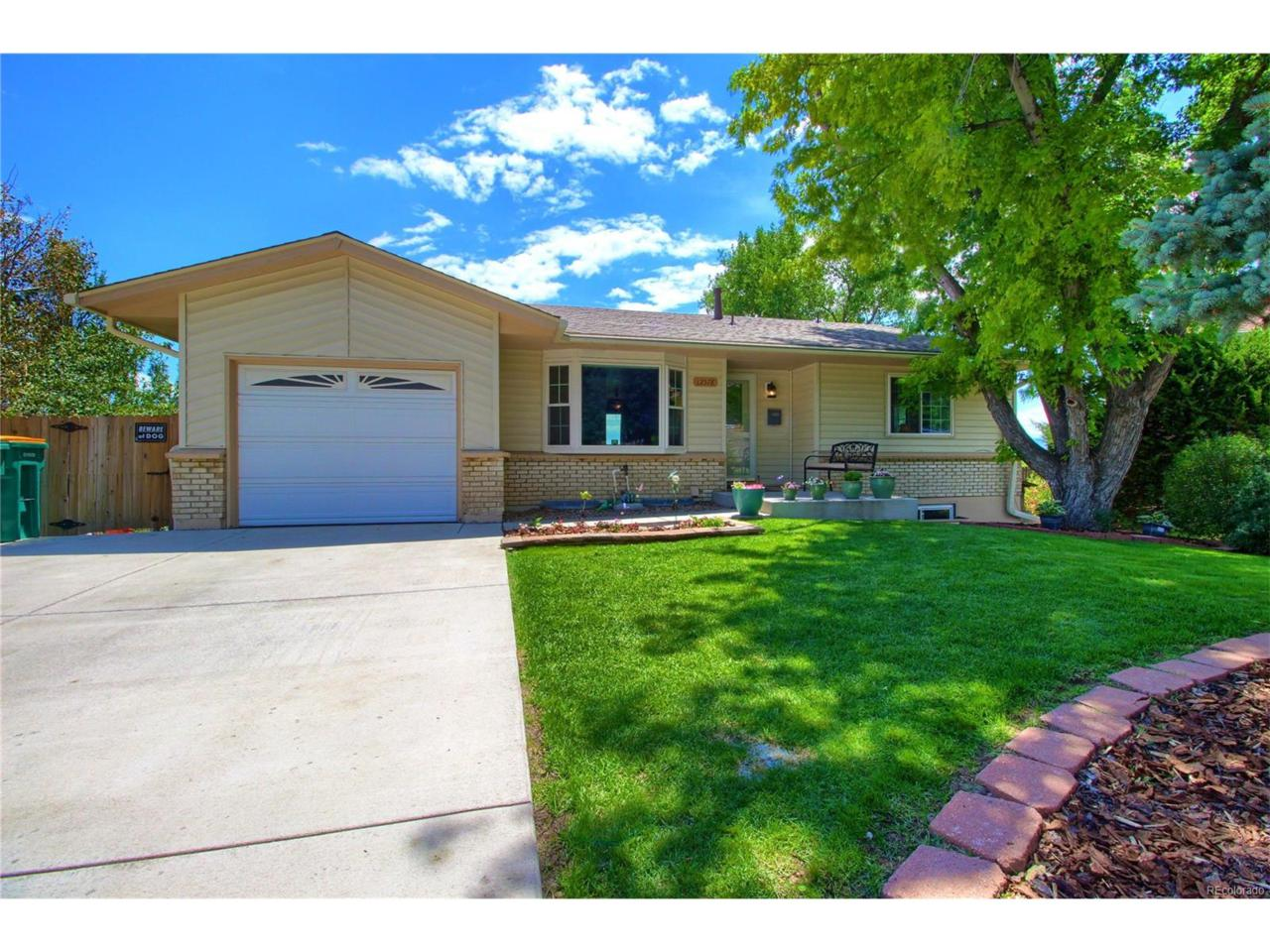 12578 W Hawaii Avenue, Lakewood, CO 80228 (MLS #2040801) :: 8z Real Estate