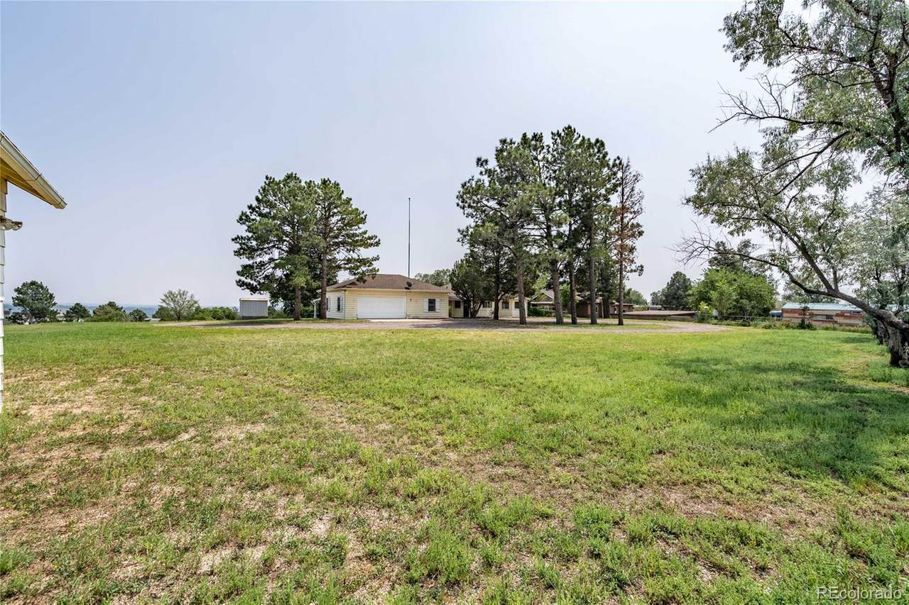 512 Foothills Road - Photo 1