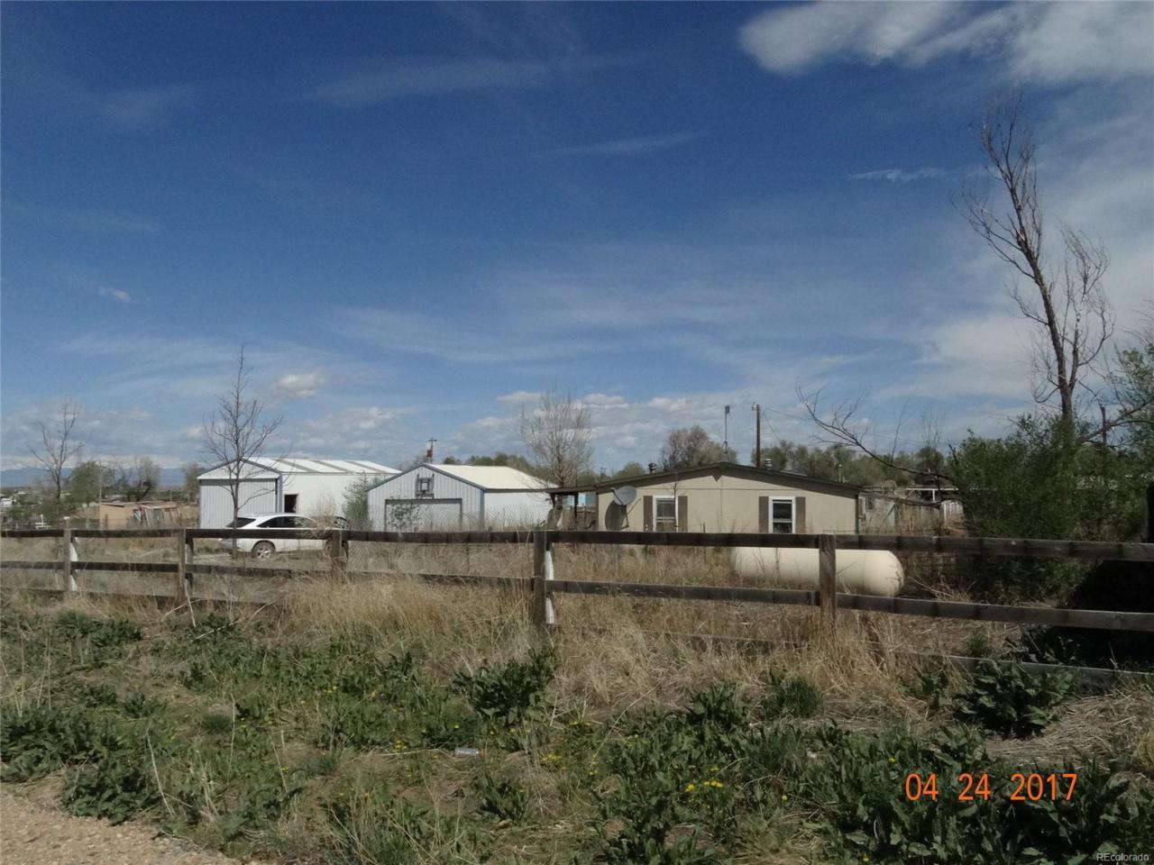 15297 Caroline Avenue, Fort Lupton, CO 80621 (MLS #2588743) :: 8z Real Estate