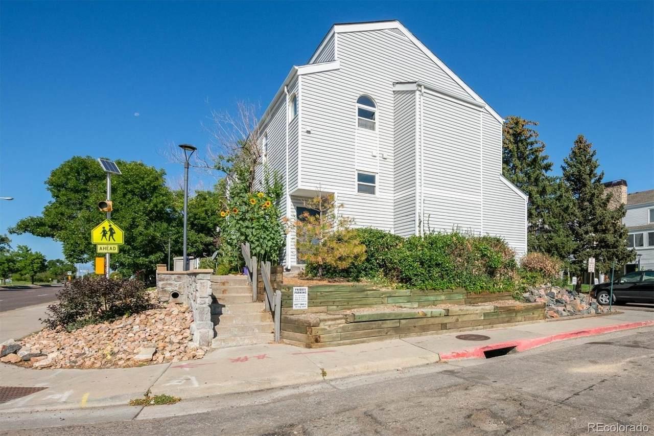 11101 Alameda Avenue - Photo 1