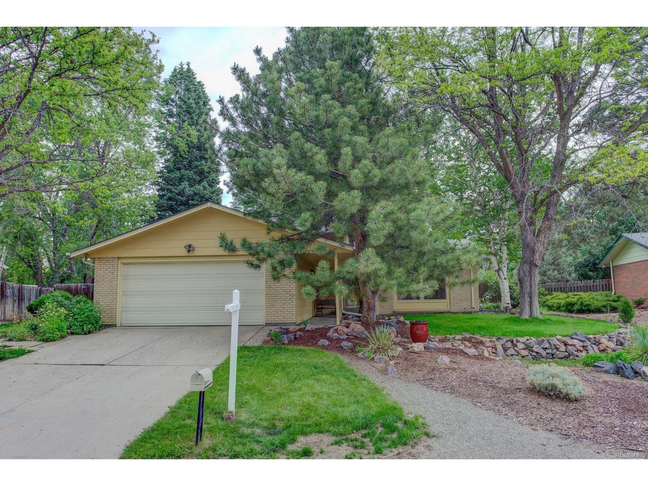 11233 E Harvard Drive, Aurora, CO 80014 (MLS #2635503) :: 8z Real Estate
