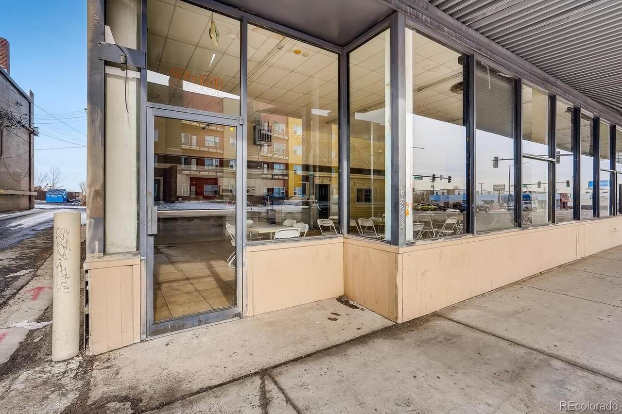 3301 Alameda Avenue - Photo 1