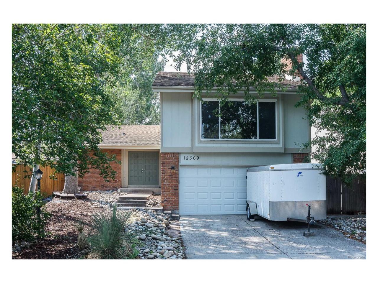 12569 E Bates Circle, Aurora, CO 80014 (MLS #2859294) :: 8z Real Estate