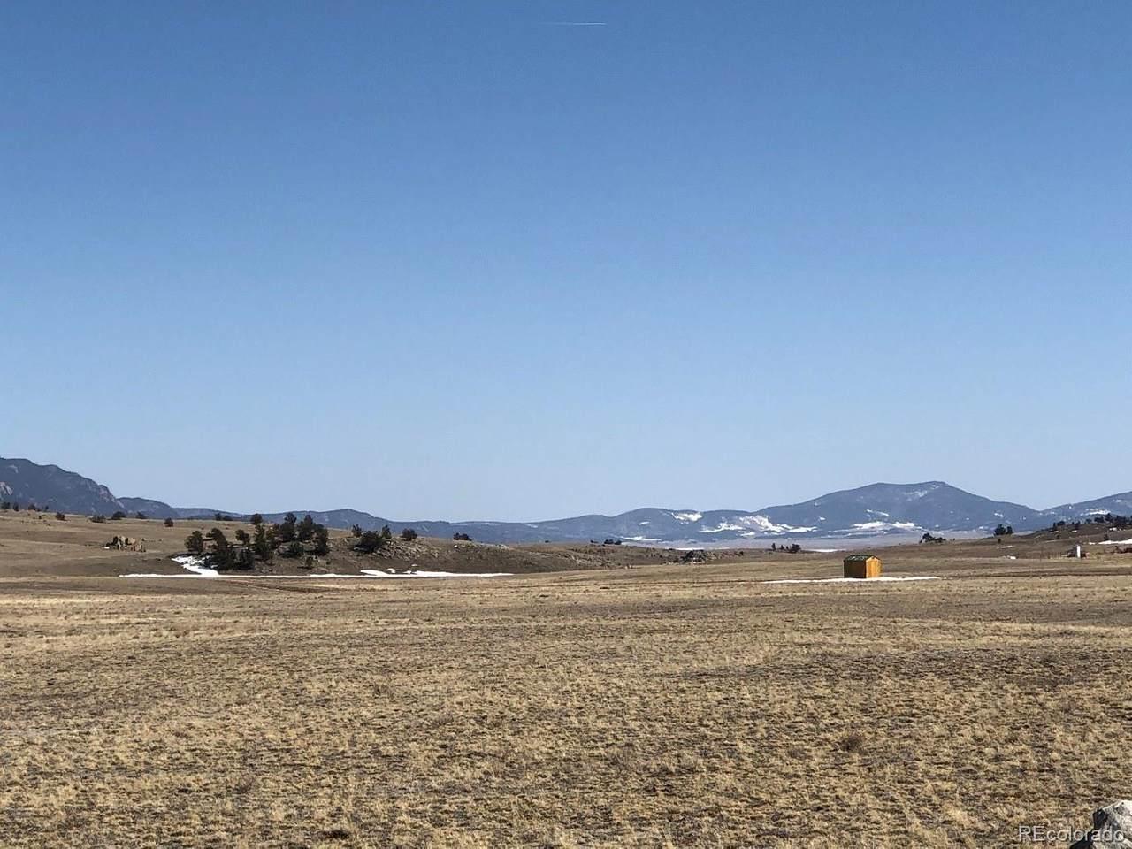 878 Cheyenne Trail - Photo 1