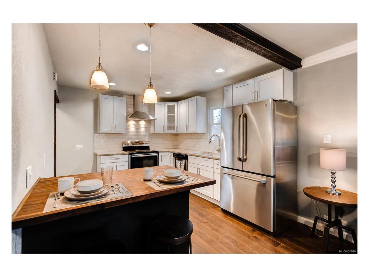 824 Vivian Street, Longmont, CO 80501 (#3075374) :: The Peak Properties Group