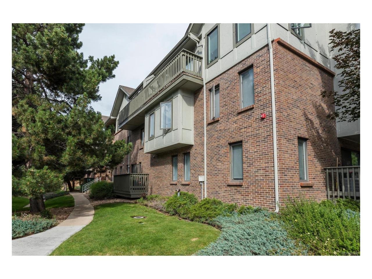6405 S Dayton Street #301, Englewood, CO 80111 (MLS #3233319) :: 8z Real Estate