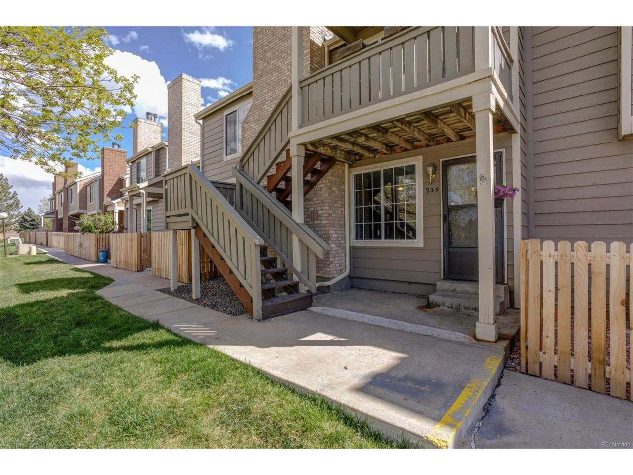 935 Summer Drive, Highlands Ranch, CO 80126 (#3699892) :: Thrive Real Estate Group