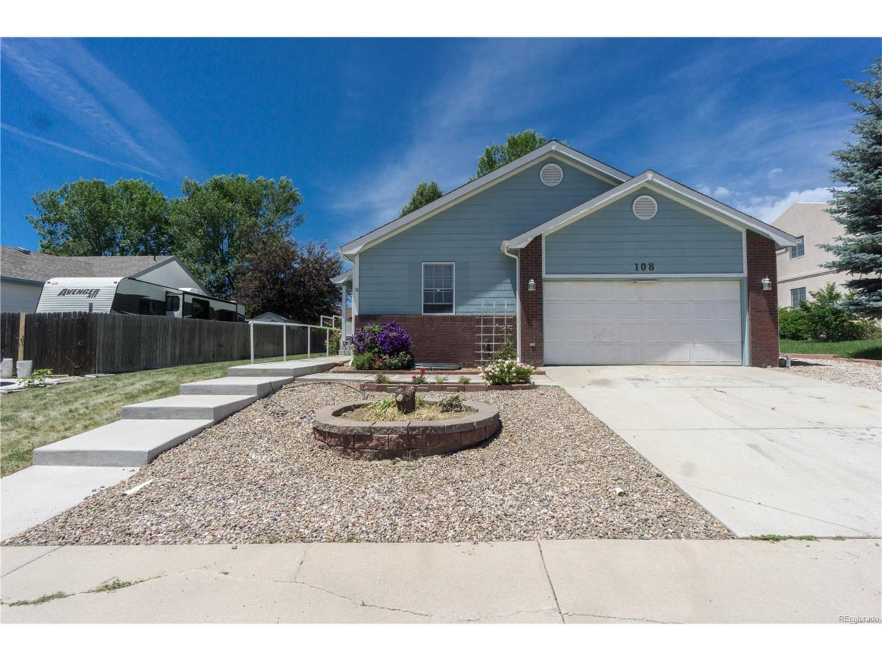 108 Phyllis Avenue, Johnstown, CO 80534 (MLS #4104933) :: 8z Real Estate
