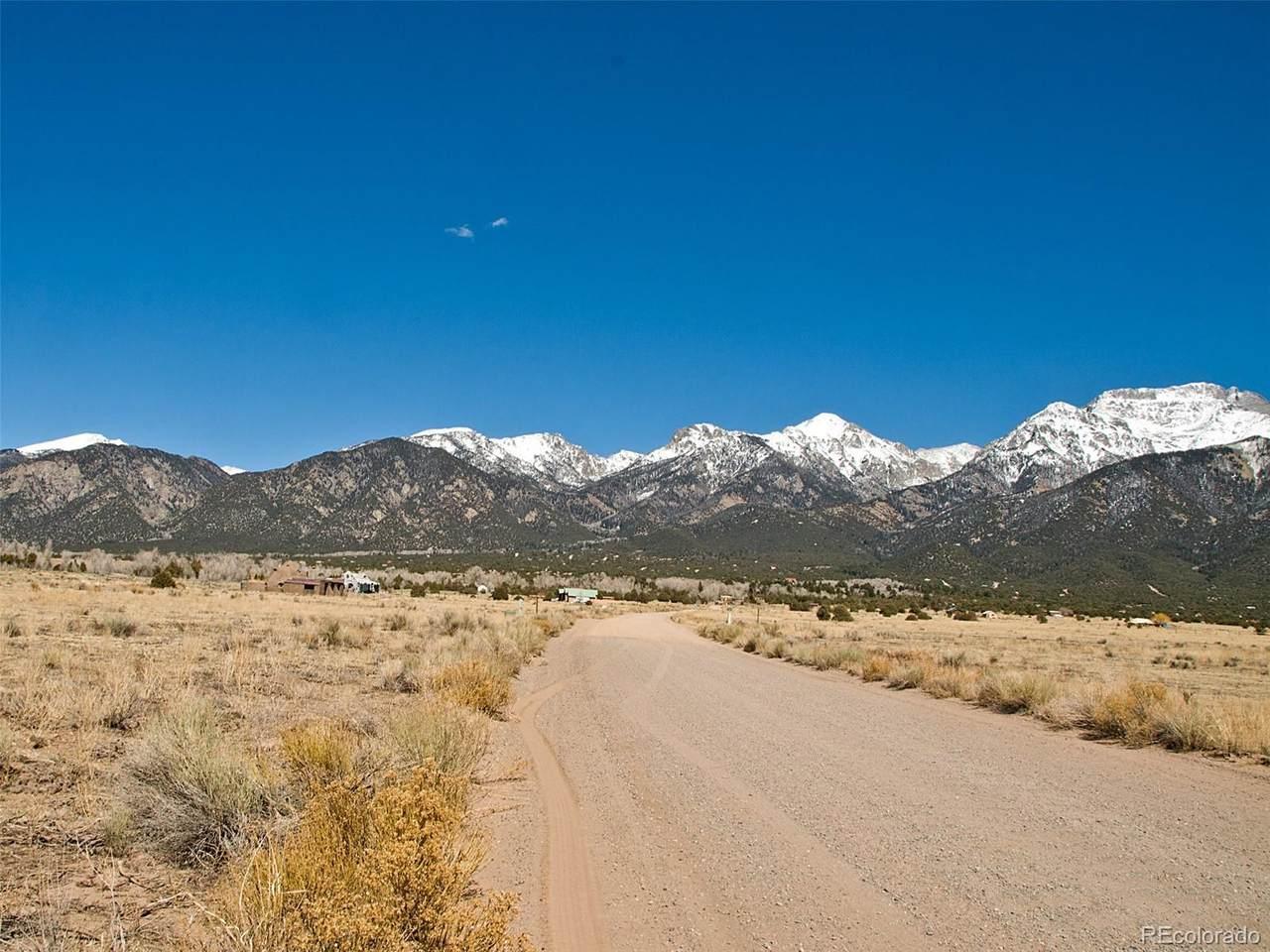1370 Wagon Wheel Road - Photo 1