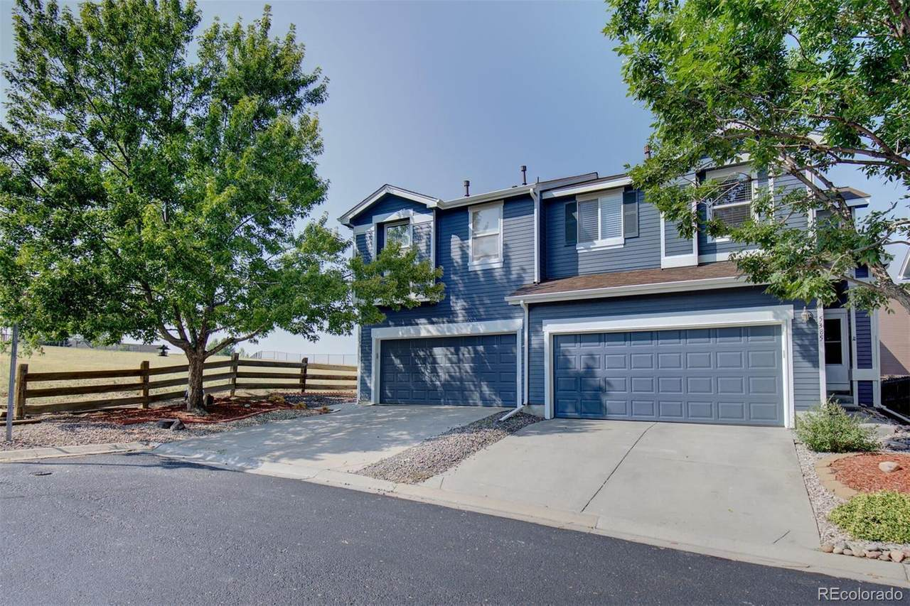 5385 Picadilly Court - Photo 1