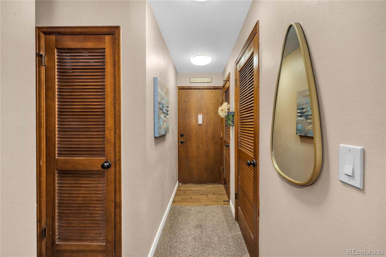 13950 Oxford Place - Photo 1