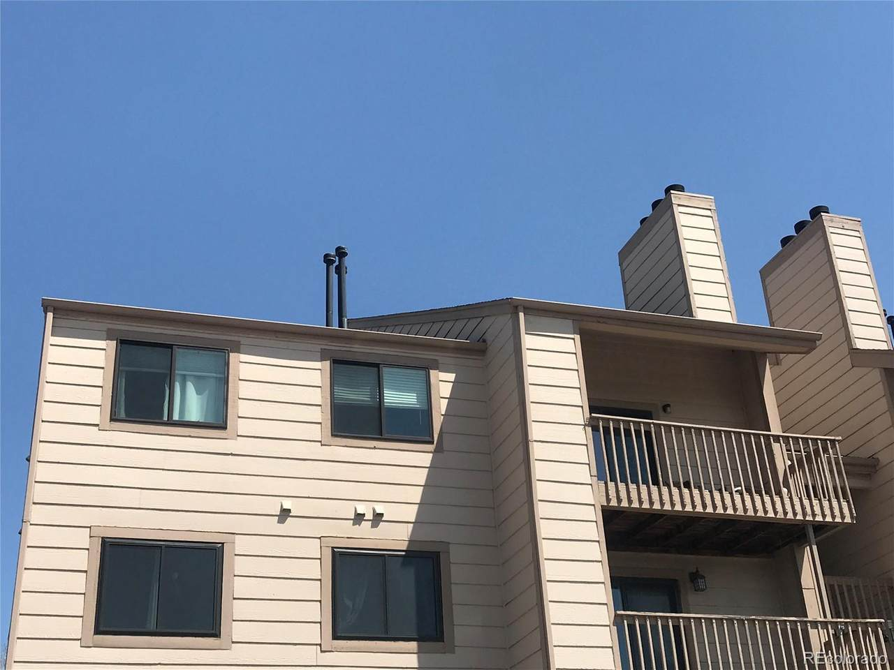 10890 Evans Avenue - Photo 1