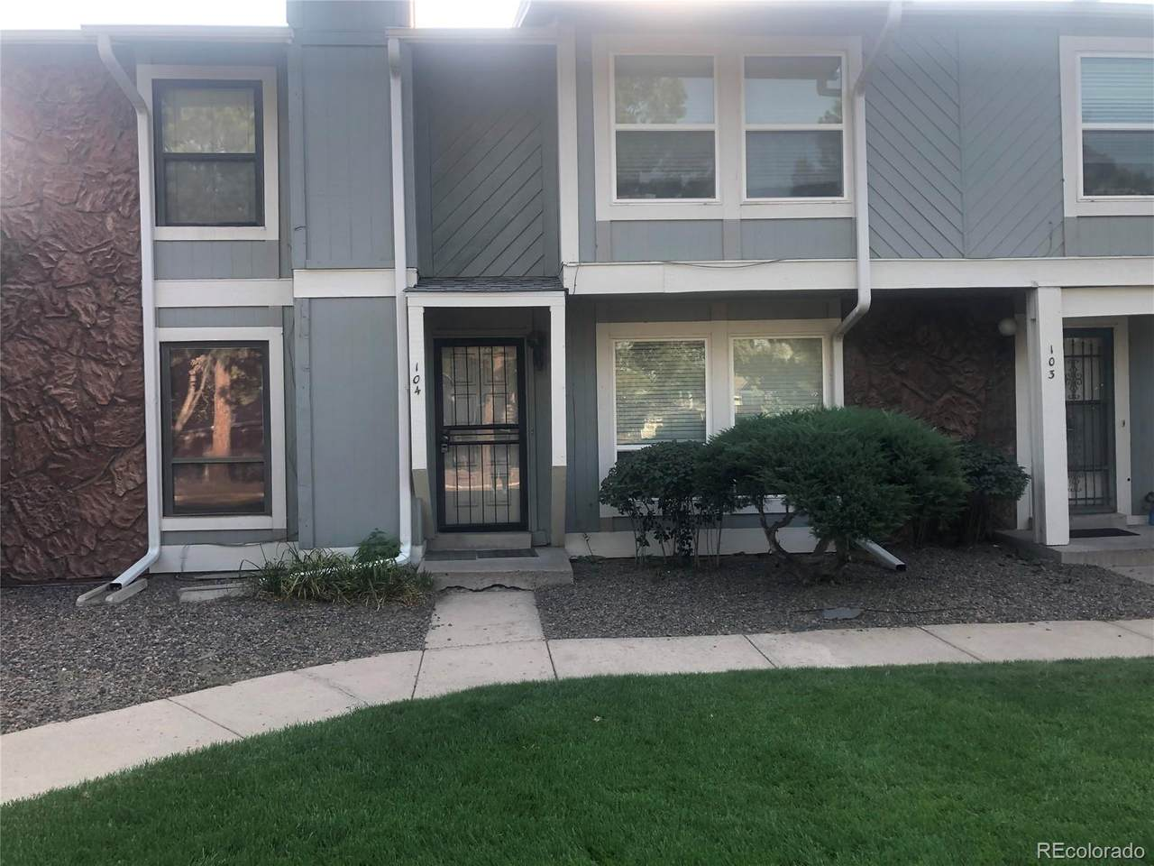 10235 Evans Avenue - Photo 1