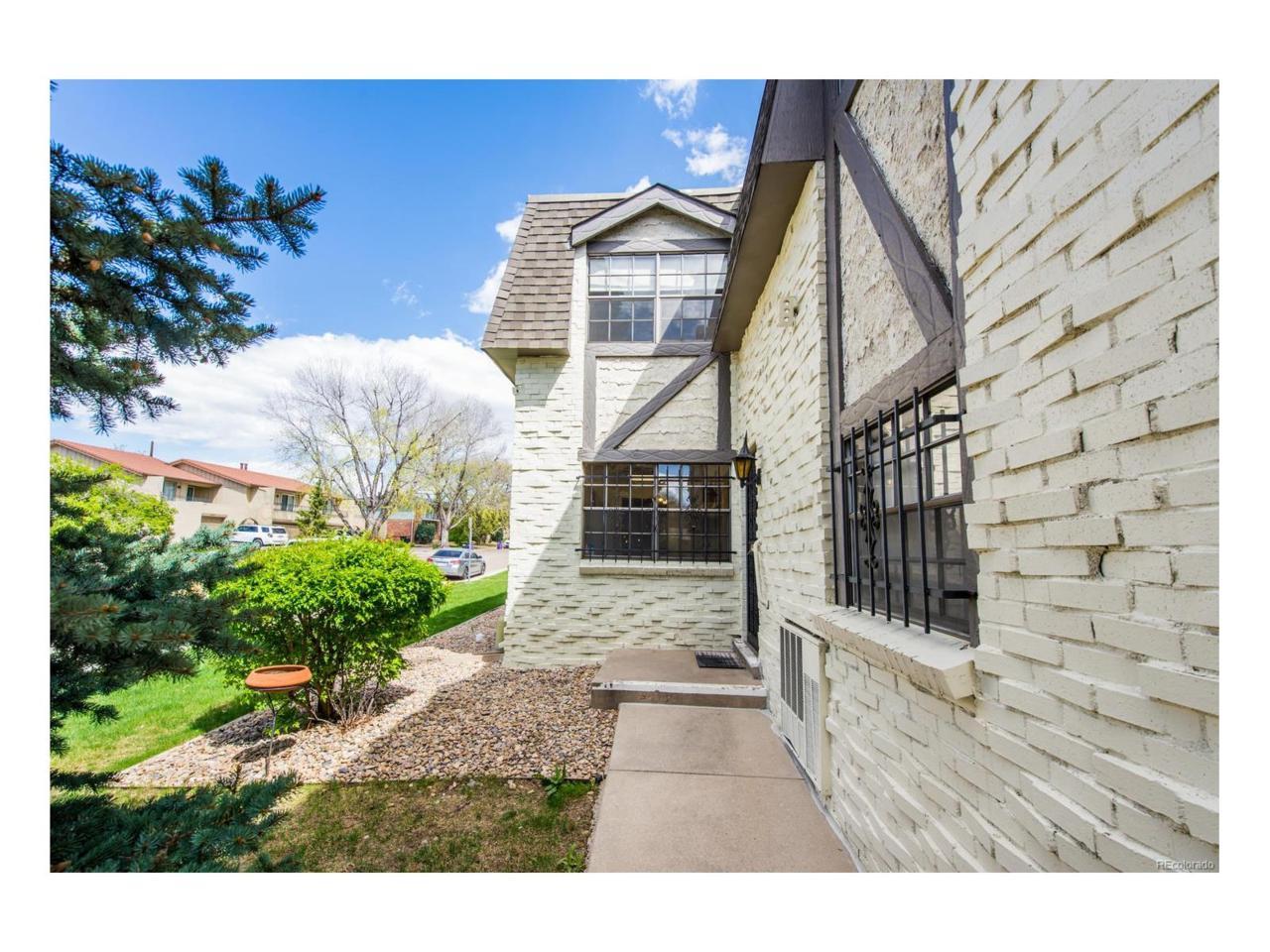 3524 S Ivanhoe Street, Denver, CO 80237 (#6650796) :: Thrive Real Estate Group