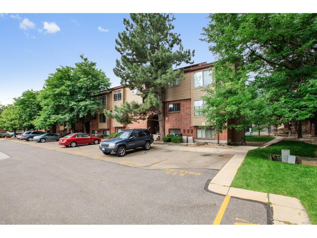 226 Wright Street #202, Lakewood, CO 80228 (MLS #7252264) :: 8z Real Estate