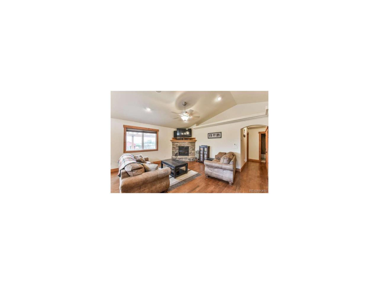 4230 Cotopaxi Drive, Loveland, CO 80538 (MLS #7286962) :: 8z Real Estate