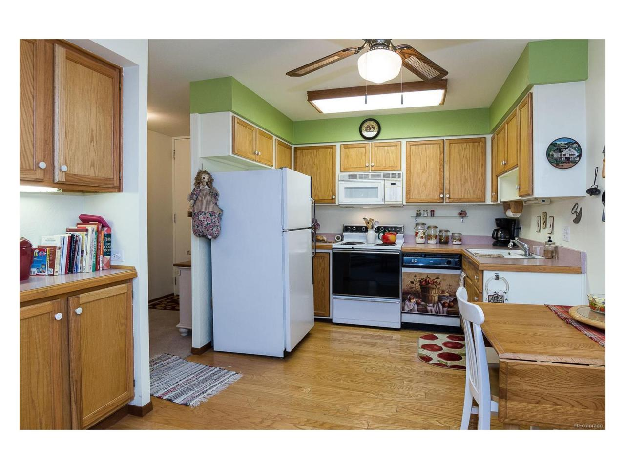 655 S Clinton Street 2B, Denver, CO 80247 (MLS #7436545) :: 8z Real Estate