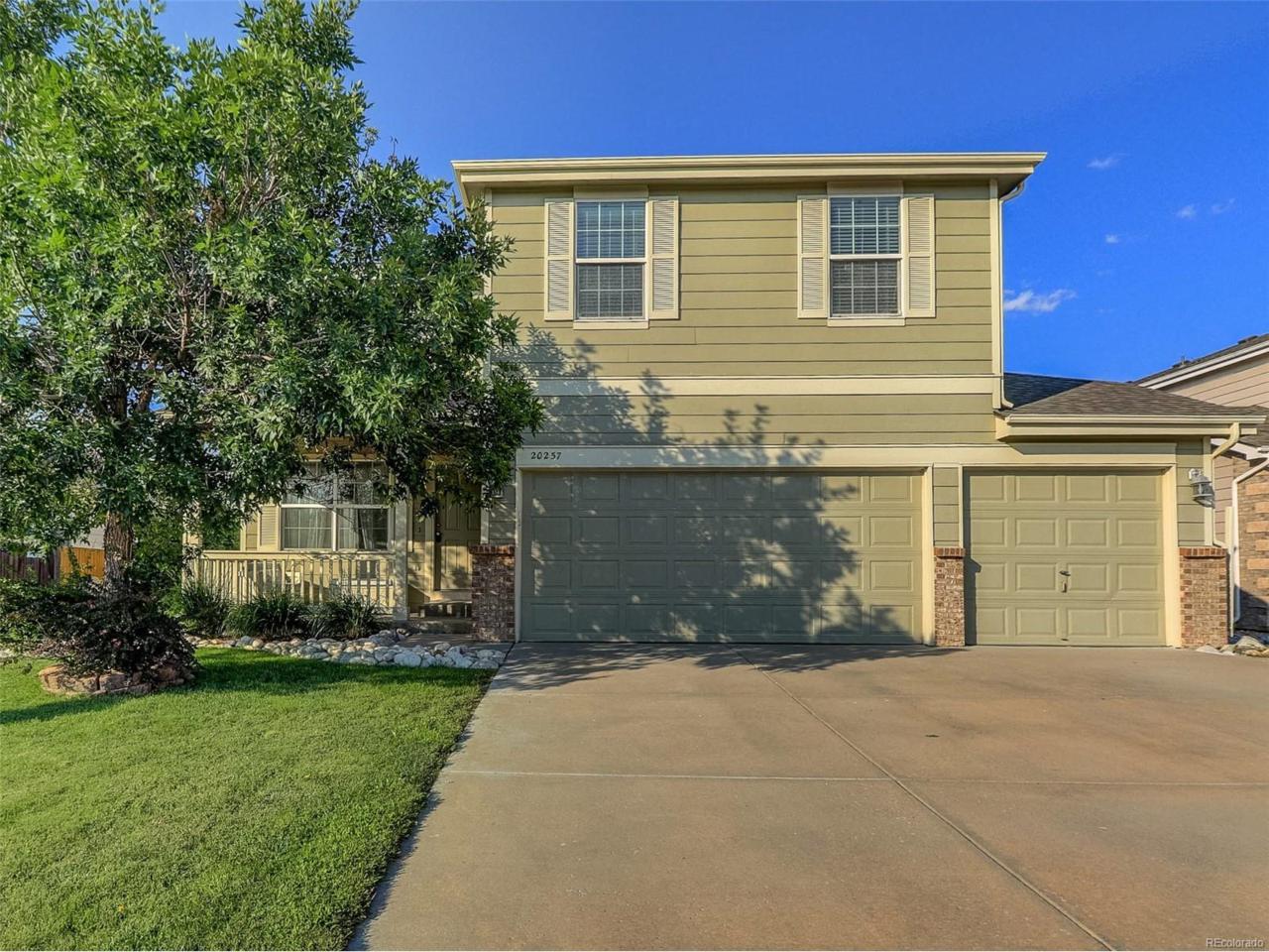 20257 E Tufts Drive, Aurora, CO 80015 (MLS #7638122) :: 8z Real Estate