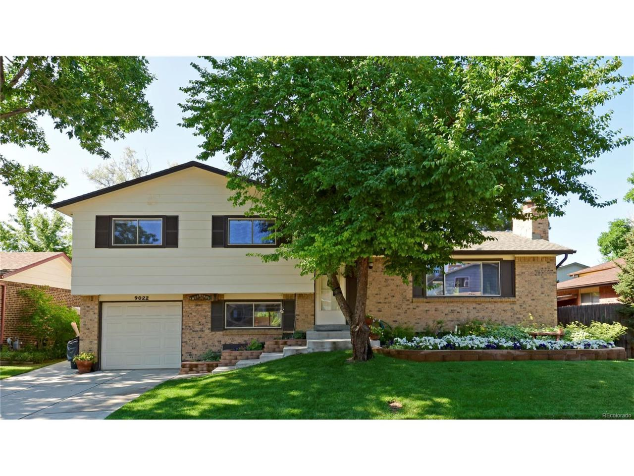 9022 W Arbor Avenue, Littleton, CO 80123 (MLS #7662903) :: 8z Real Estate