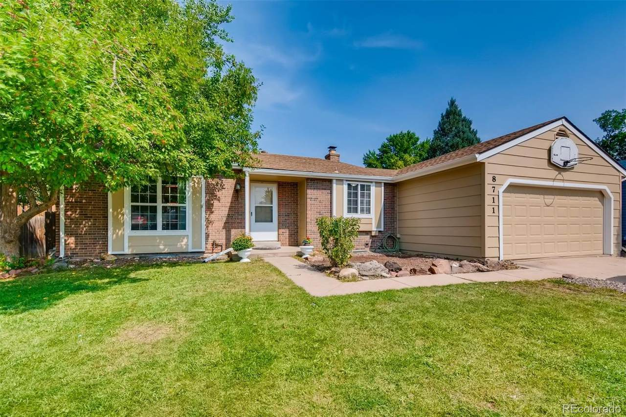 8711 Hinsdale Place - Photo 1