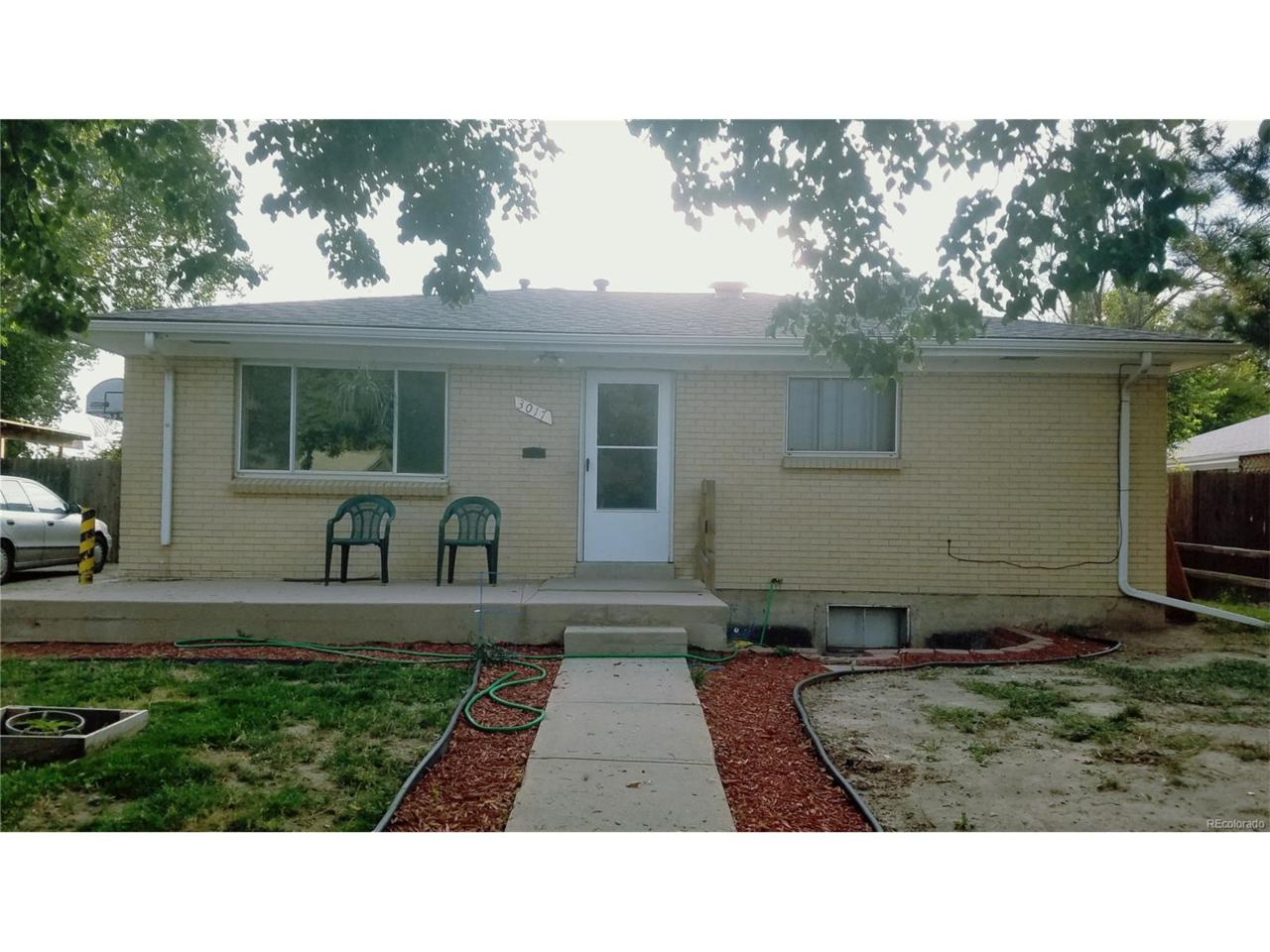 3017 Cimarron Street, Aurora, CO 80011 (MLS #7955755) :: 8z Real Estate