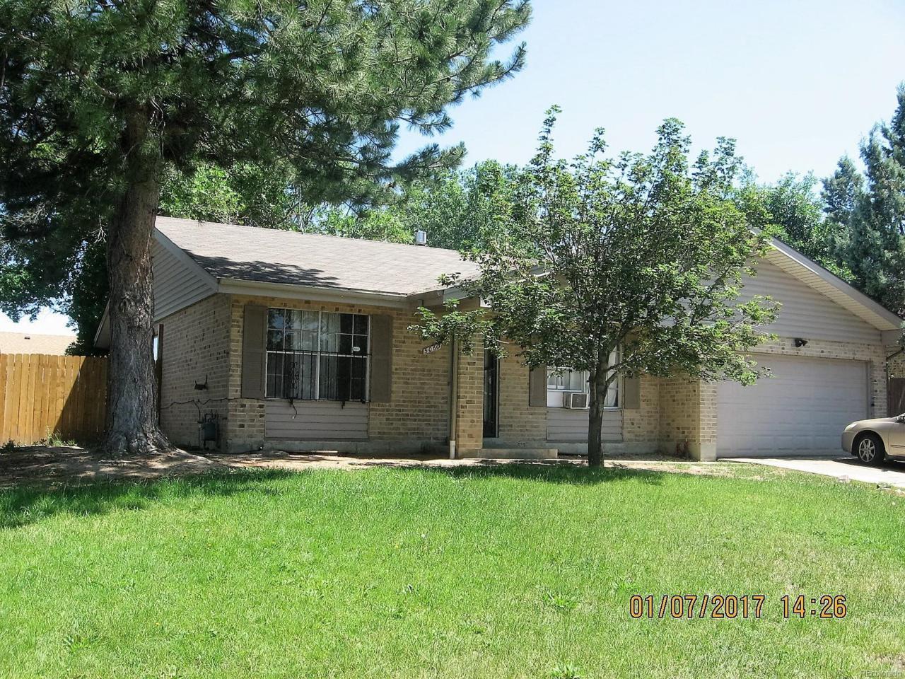 5060 Worchester Street, Denver, CO 80239 (MLS #8327380) :: 8z Real Estate
