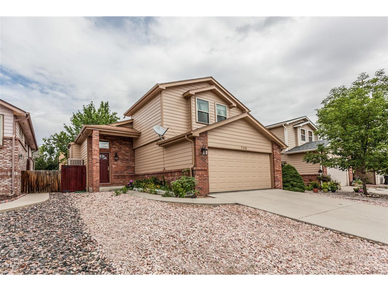 700 Wade Road, Longmont, CO 80503 (MLS #8438625) :: 8z Real Estate