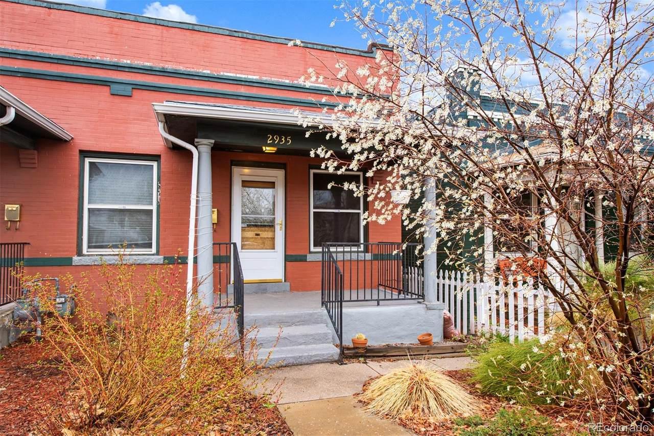 2935 Josephine Street - Photo 1