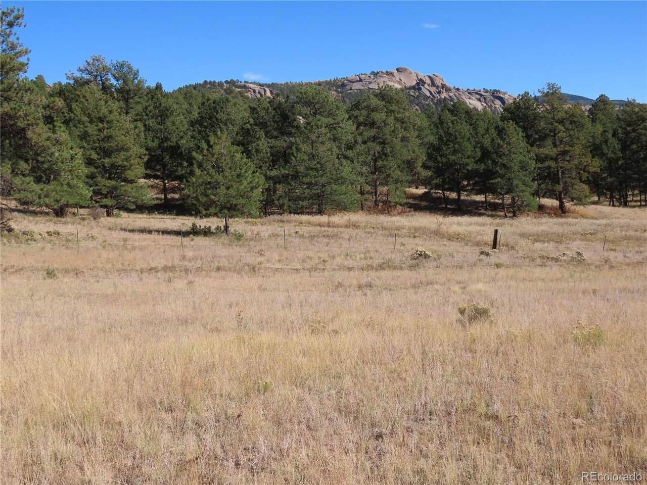 308 Apache Trail - Photo 1