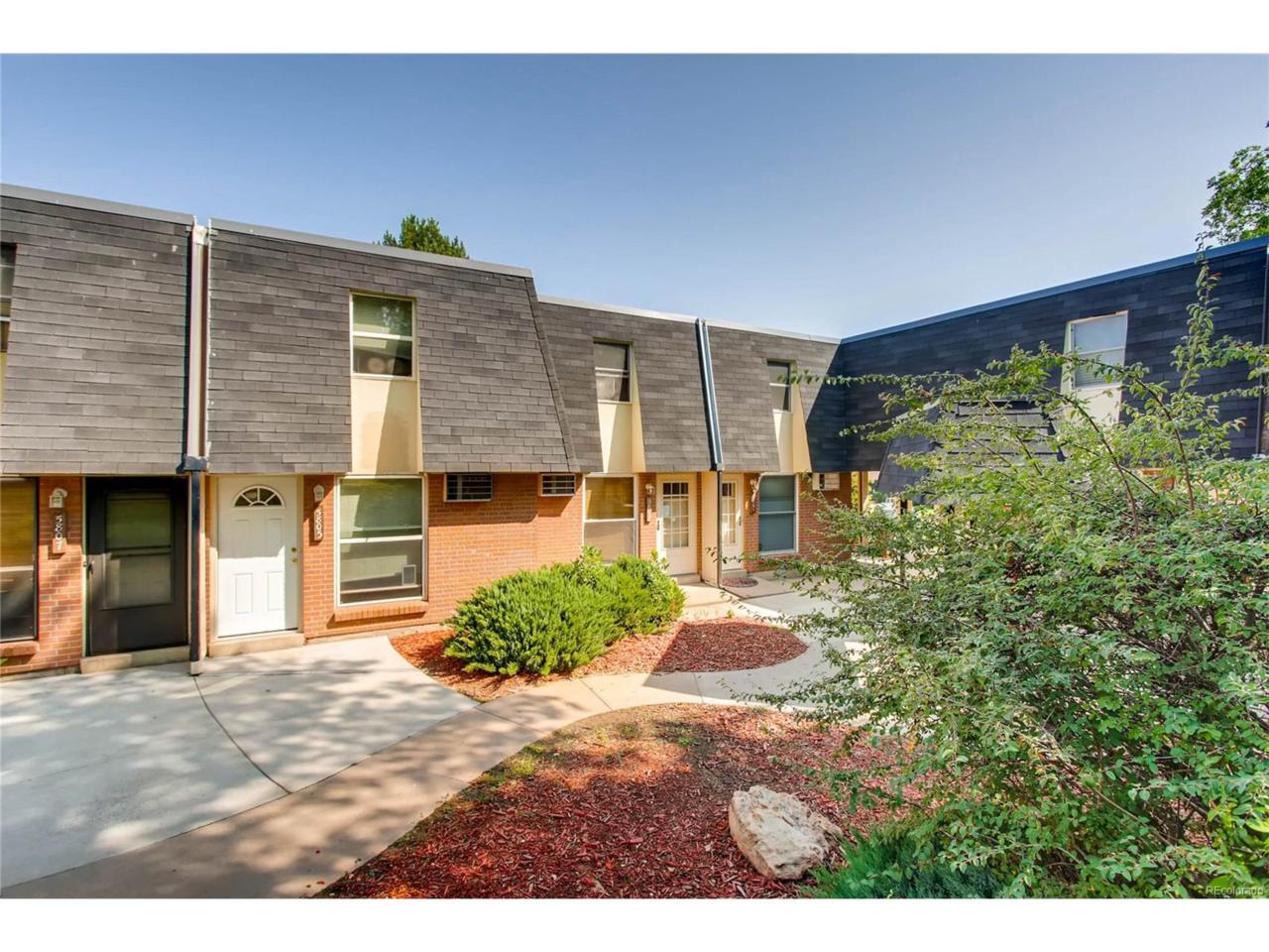 5801 S Pearl Street, Centennial, CO 80121 (MLS #9456071) :: 8z Real Estate