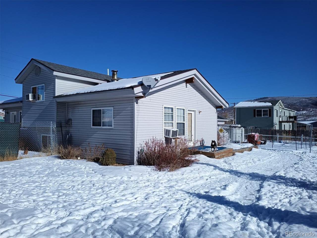 25815 Forest Street - Photo 1