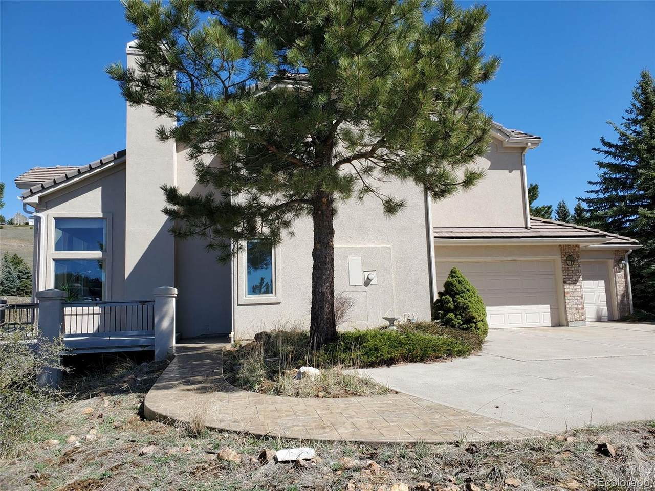 451 Sunrise Drive - Photo 1
